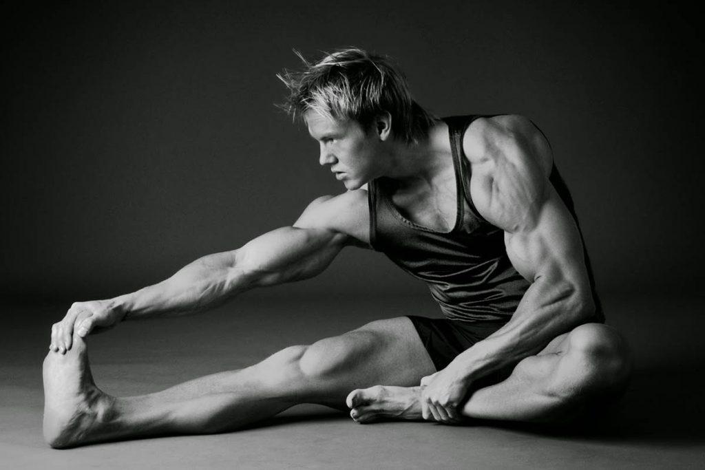 Estiramientos durante el ejercicio para maximizar la hipertrofia