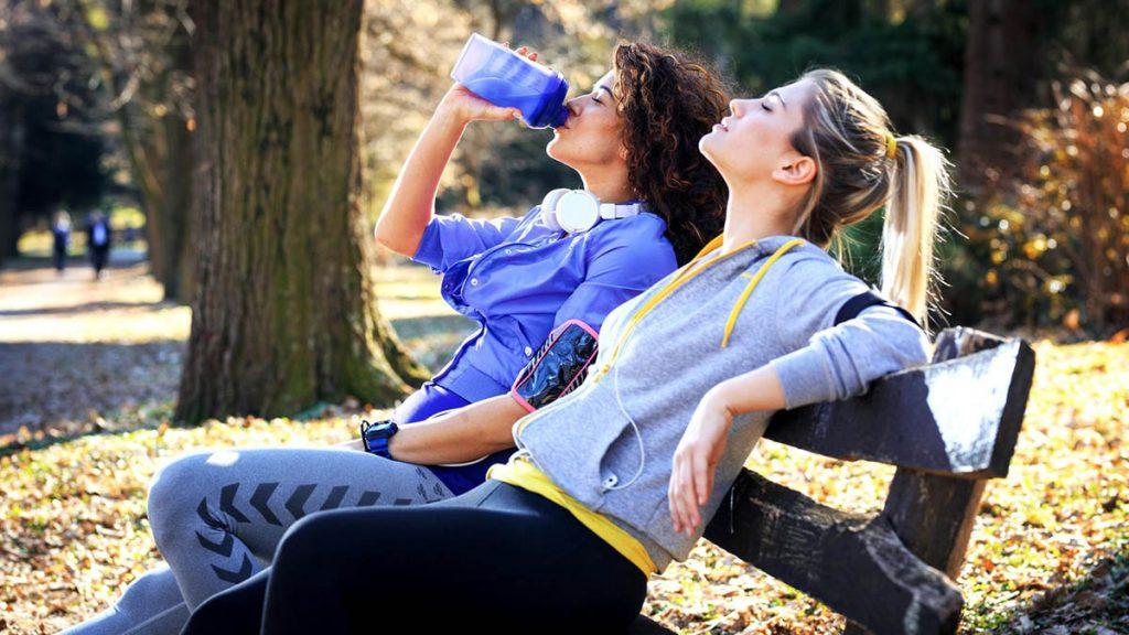 Beber agua tras hacer deporte