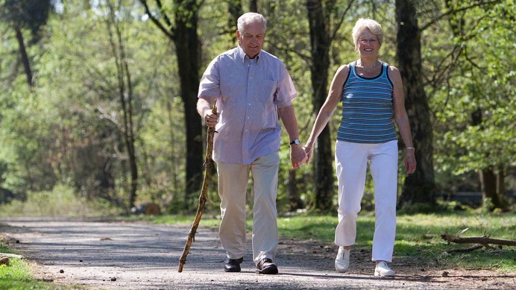 Caminar ayuda vivir más tiempo