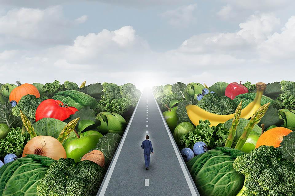 Perder calorías caminando y comiendo sano