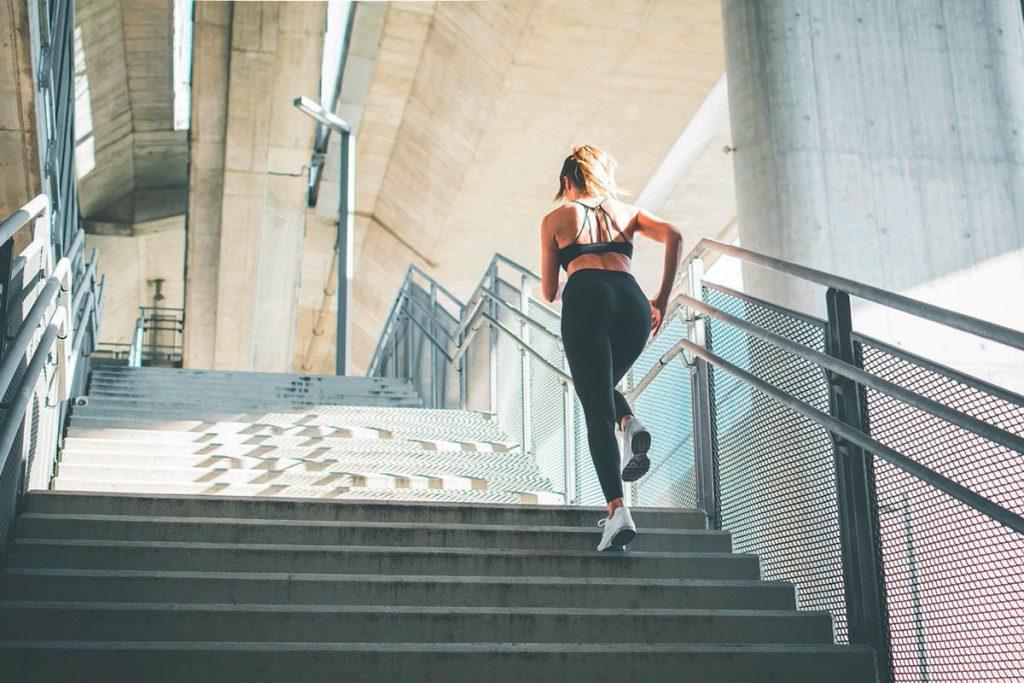 Subir escaleras por la ciudad